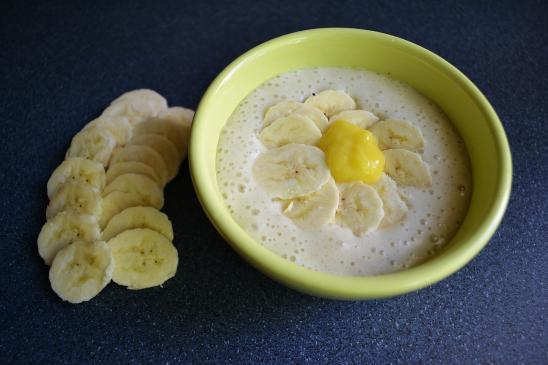 Zupa bananowa na ostro, na słodko - przepisy