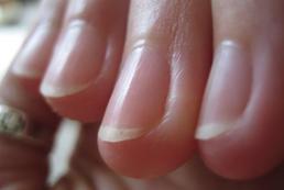 Jak malować paznokcie?