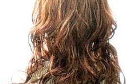 Modne fryzury z długich włosów na jesień