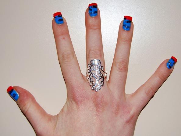 Wzorki na turkusowe paznokcie