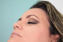 Jak przygotować cerę pod makijaż?