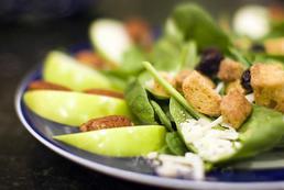 Sałatka z roszponki i sera feta - przepis