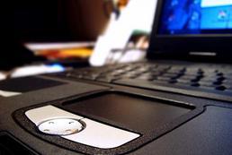 Jak sprawdzić zużycie baterii w laptopie?