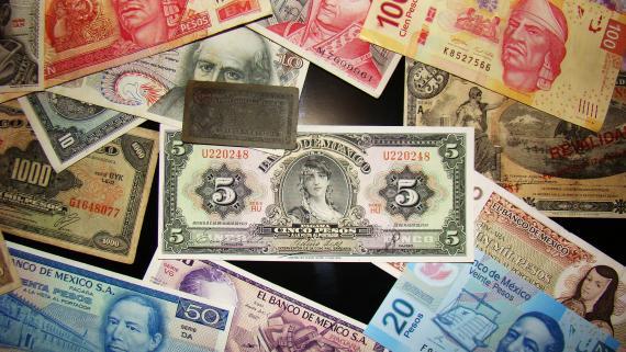 Przelew na złe konto - jak odzyskać pieniądze?