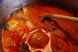 Kuchnia węgierska - charakterystyka - potrawy, przyprawy