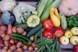 Owoce, warzywa w maju - jakie kupować?