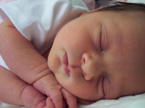 Jak otulać noworodka?