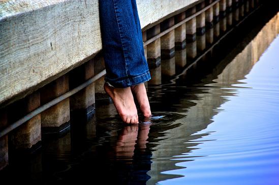 Jak rozciągnąć jeansy?