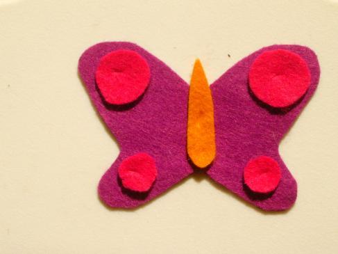 Jak zrobić motyla z filcu?