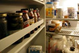 Jak, czym czyścić lodówkę?
