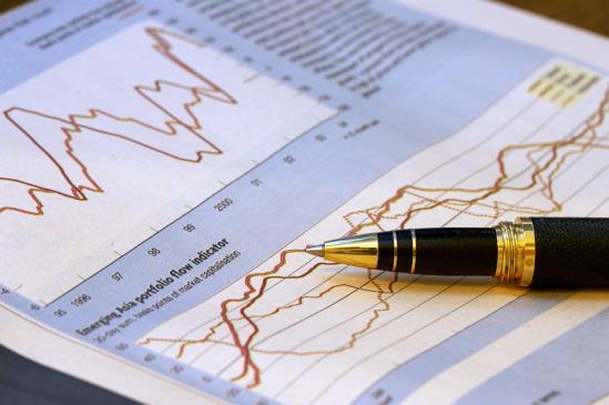Co to jest, na czym polega kurs maklerski?