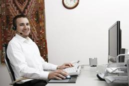 Agent ubezpieczeniowy a broker - różnice