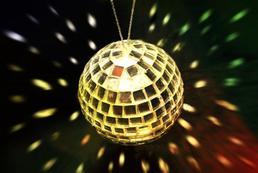 Jak zrobić disco kulę?