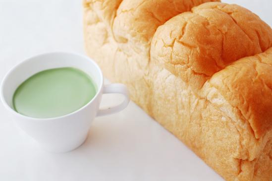 Jak odświeżyć chleb?