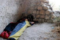 Jaki śpiwór wybrać na podróż backpackerską?
