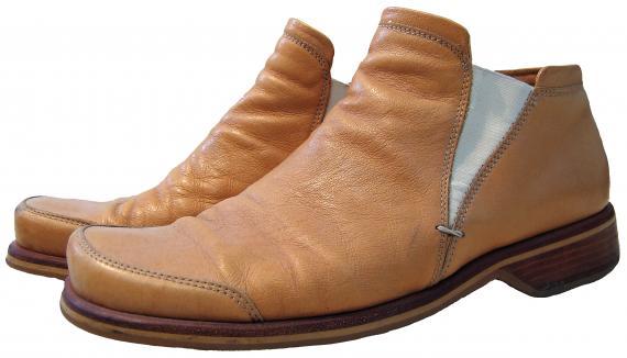 Jak wyczyścić buty z zamszu?