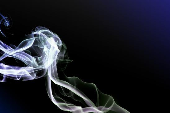 Jak usunąć zapach dymu z domu/mieszkania?