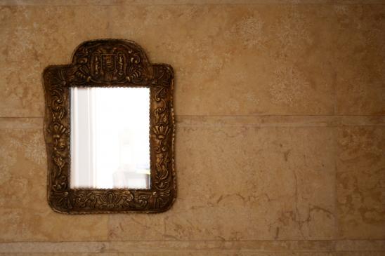 Jak myć lustra bez smug?