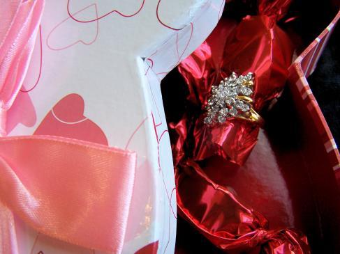 Jakie prezenty zamiast kwiatów na ślub?