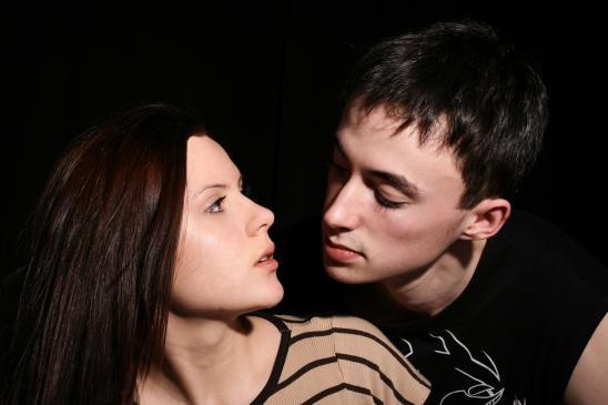 Mąż mnie okłamuje - co robić?