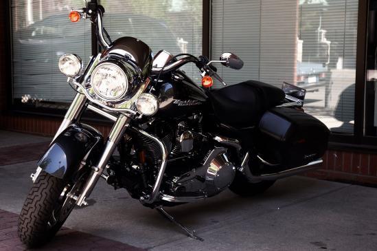 Czym przykryć motocykl?