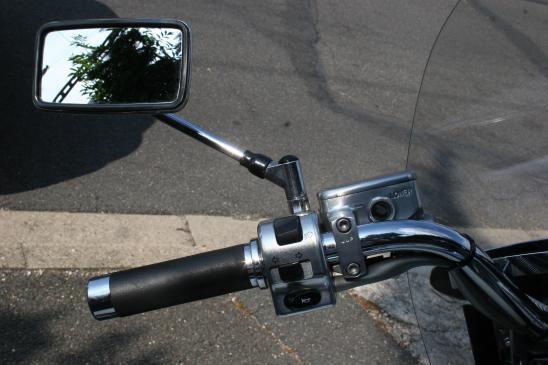 Na co zwrócić uwagę wybierając lusterka motocyklowe?