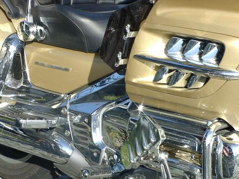 Tarcze hamulcowe w motocyklu - jak sprawdzić i kiedy wymienić?