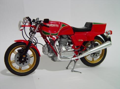 Zużycie łożyska w kole motocykla - czym grozi, objawy