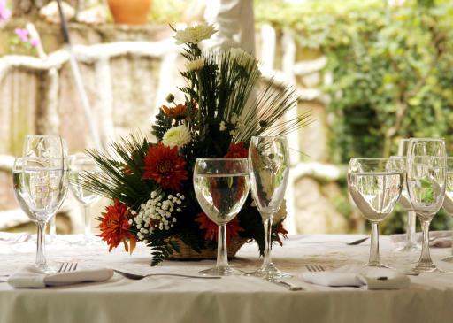 Jak zorganizować przyjęcie z okazji rocznicy ślubu?