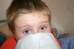 Jak wyleczyć katar u małego dziecka?
