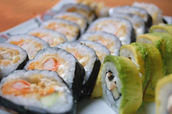 Pomysł na wieczór kawalerski - body sushi