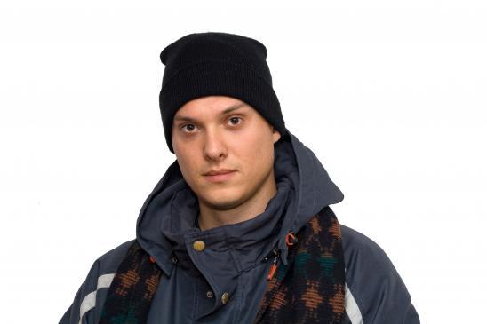 Jak zrobić męską czapkę na drutach?