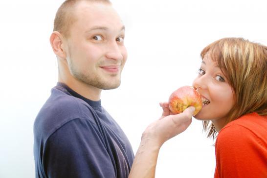 Zdrada sposobem na rutynę w związku?